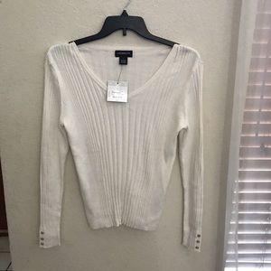 NEW- Liz Claiborne womens sweater